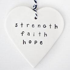 caroline_c_strenth_faith_hope_tag_heart